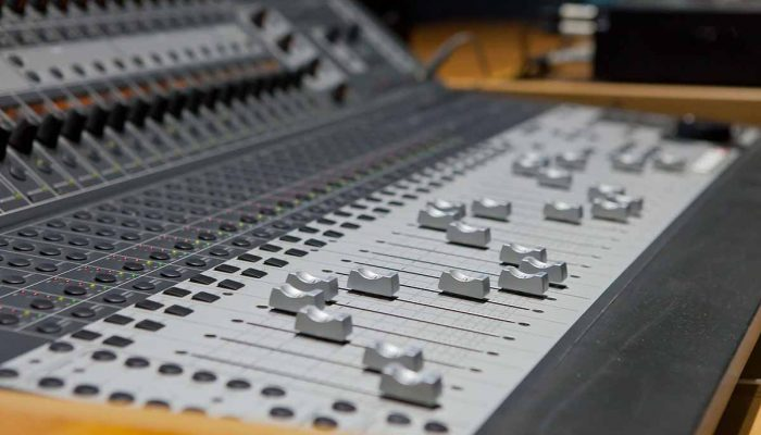 musicomania-foto-studio-registrazione-10.jpg